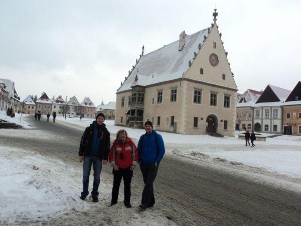 Pred mestskou radnicou v Bardejove