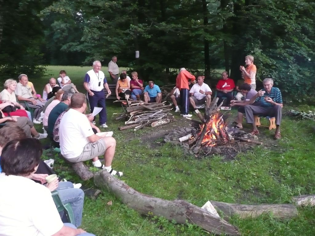Večerný táborák (22.7.2010)