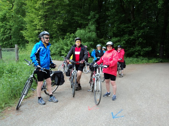 Prestávka na ceste lužným lesom (14.5.2011)
