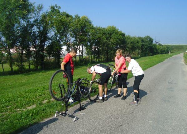 Aj to sa stáva, Dunajská cyklocesta pri Gabčíkove